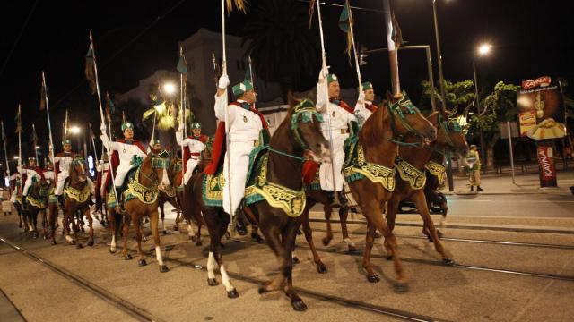 Parade Garde Royale le 29 juillet 2013 bd Zerktouni. av Hassan 2. place Mohammed V - 5