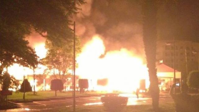 Incendie McdoMarrakech 2