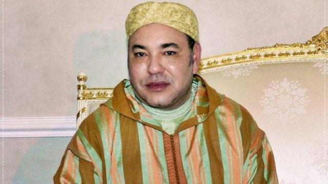 Mohammed VI djellaba 2