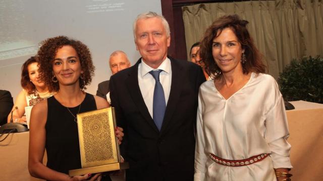 Leila slimani,auteur. Pierre Jochem DG de la Mamounia et Christine Orban,jury