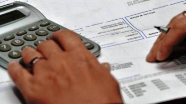 impôt et taxes