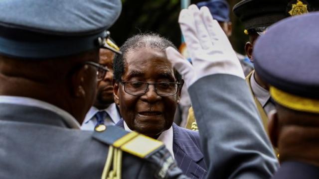 Robert Mugabe: investit candidat du zanu-pf pour les élections de 2018
