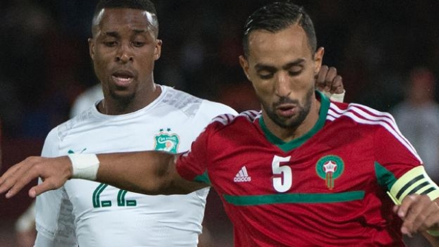 Mehdi Benatia aux prises avec l'Ivoirien Kodjia.