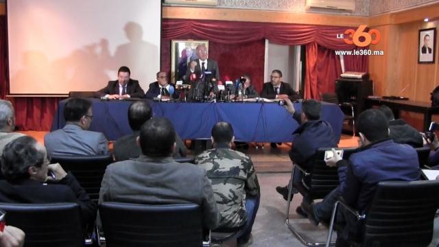 Cover Vidéo... محامو عائلات ضحايا اكديم إزيك يسقطون مزاعم المحامي الفرنسي