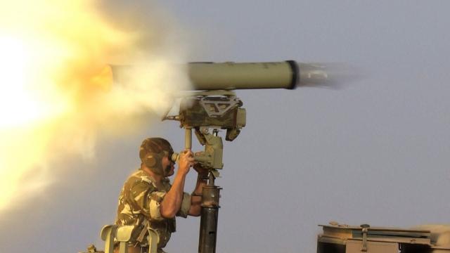 Algérie: encore plus d'armes pour moins... de brioches