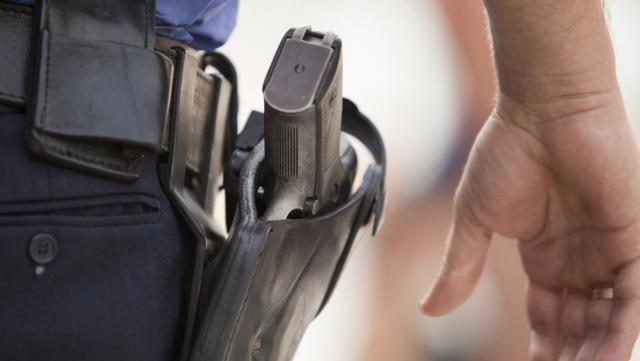 Pistolet police Maroc 2