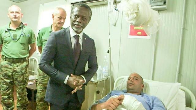 Peter Thomson au chevet des Casques bleus marocains blessés en Centrafrique3