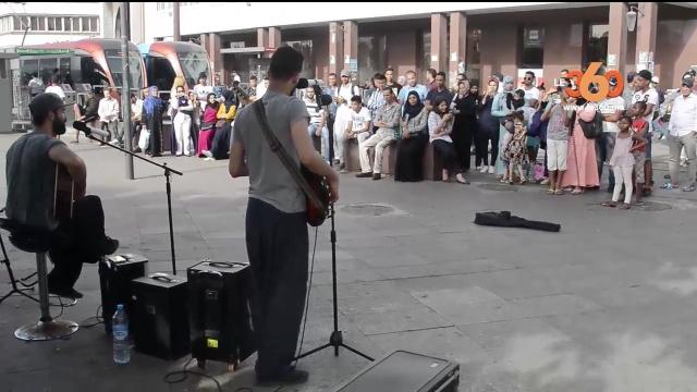 cover vidéo:Le360.ma •ساحة مارشال أصبحت وجهة لكل عشاق الفن