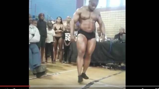Vidéo. Un bodybuilder professionnel sud-africain meurt en se brisant la nuque (images choquantes)