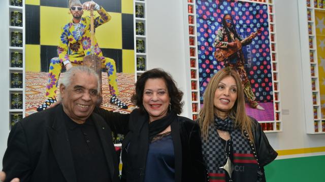 L'artiste Houssein Talal, Rabia Aroussi et Aicha Amor