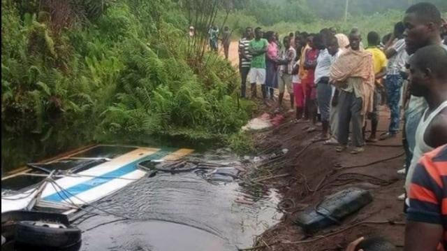 Côte d'Ivoire: un bus finit sa course dans une rivière et fait plusieurs morts