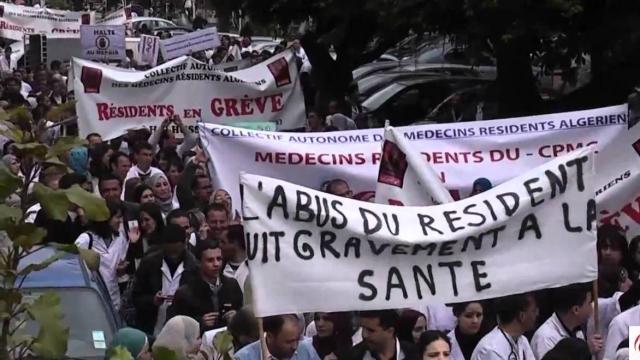 Diapo. Algérie: les médecins résidents matés par les forces de l'ordre