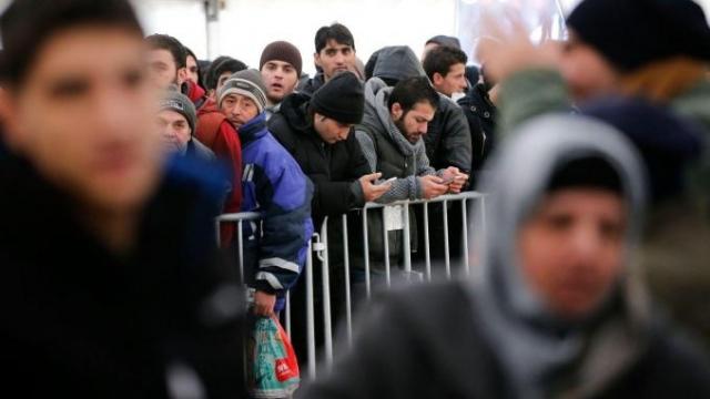 Algérie: une fatwa pour freiner l'émigration des jeunes Algériens vers l'Europe