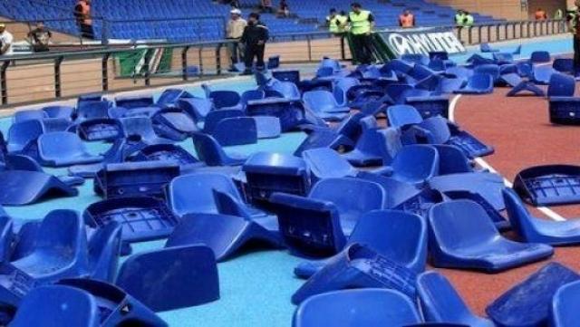 Sièges arrachés au Grand stade de Marrakech