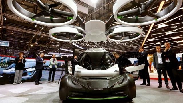 """""""Liberty"""", la voiture volante du Groupe néerlandais Pal-V"""