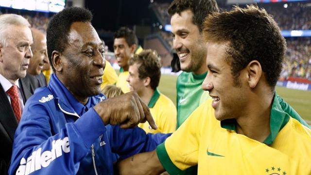 Neymar et le roi du footballo