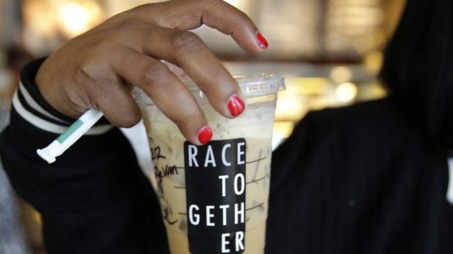 Starbucks Racisme-2