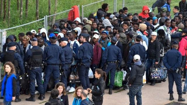Camp migrants Paris