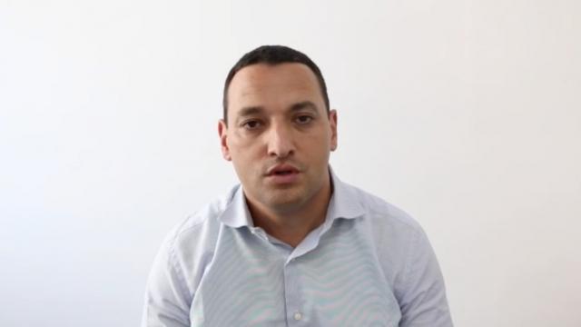 """cover Video - ahison à la nation"""": les excuses d'Adil Benkirane, directeur achats de Centrale Danone"""