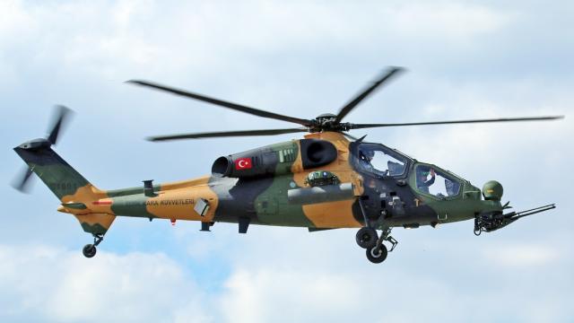 Hélicoptère turc T-126 Atak