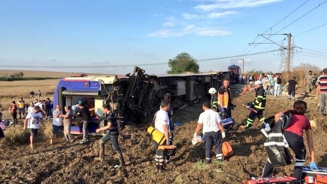 Accident train Turquie