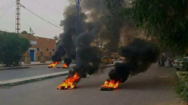 les autorités algériennes se sont empressées de faire miroiter des solutions aux habitants de Béchar
