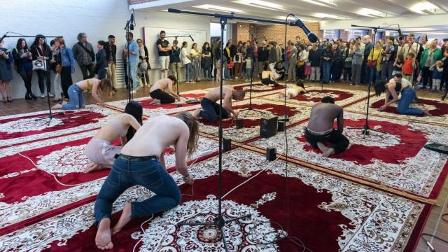 manifestation de l'artiste plasticien Mohamed El Baz à Lille