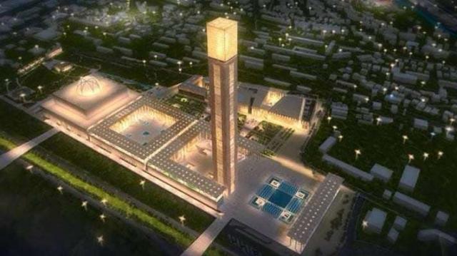 Mosquée d'Alger: le tapis sera financé grâce à la planche à billets