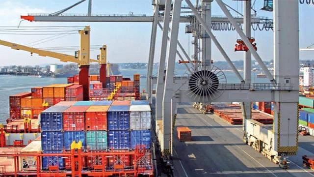 Tunisie: les exportations en forte hausse mais le déficit commercial persiste