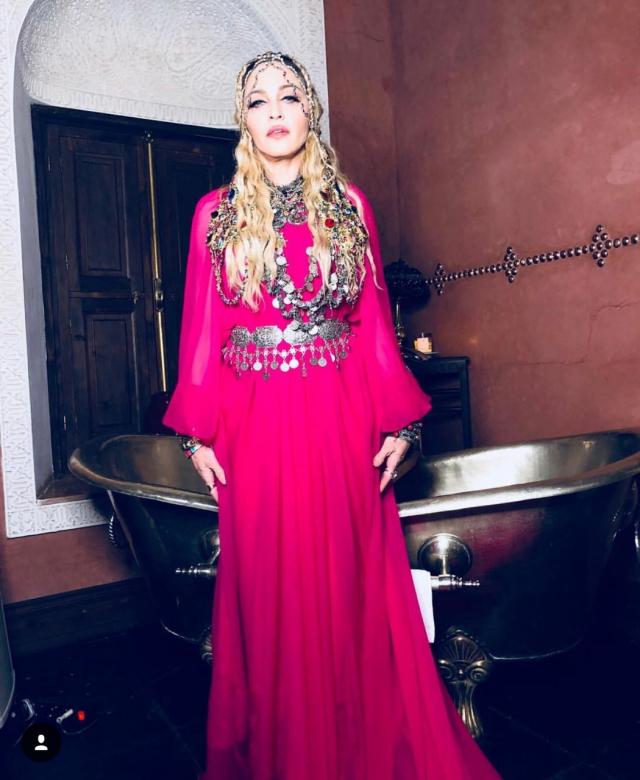 Madonna tenue amazigne-1