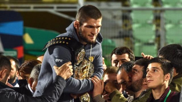 Khabib Nurmagomedov de retour chez lui