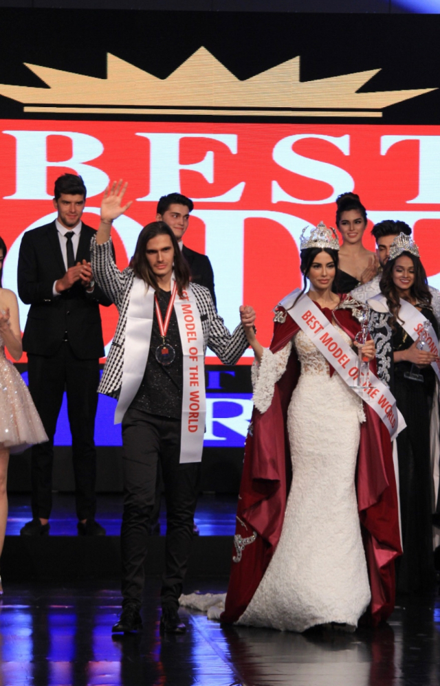 Iman Casablanca reçoit le prix de Best Model
