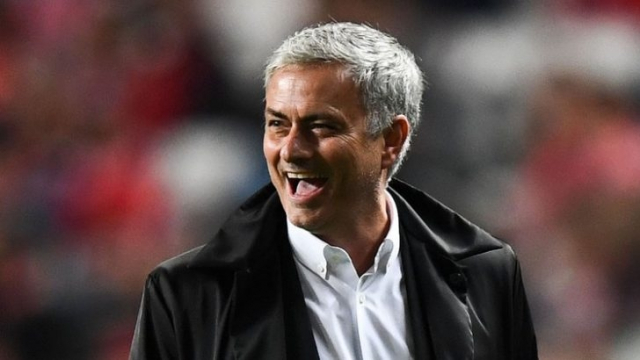 Mourinho souriant