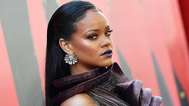 c597ba5e65e3bf Rihanna lance sa maison de couture sous la tutelle du groupe LVMH ...