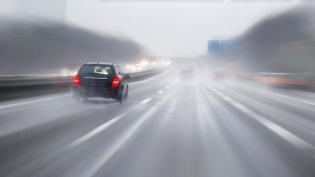 Distance de sécurité sous la pluie