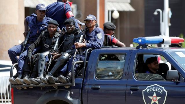 """RD Congo: les résultats pour demain, Tshisekedi """"pas revanchard"""""""
