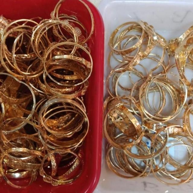 Les bijoux saisis 2
