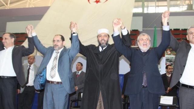 Algérie: une candidature unique de l'opposition à la présidentielle à l'étude