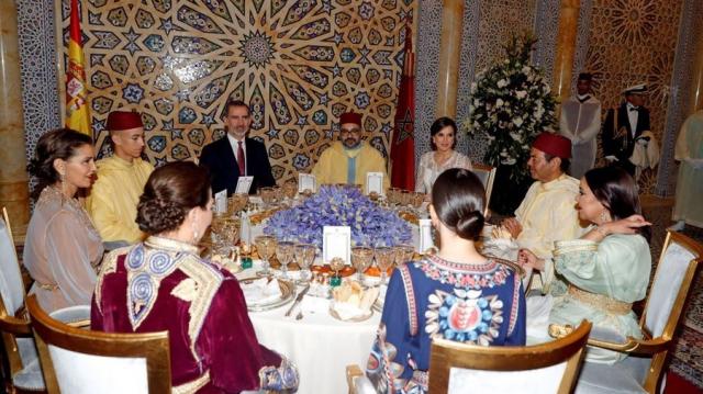 Mohammed VI et princes Moulay El Hassan et Lalla Khadija10