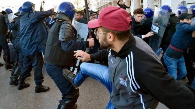 manifestants 5e mandat