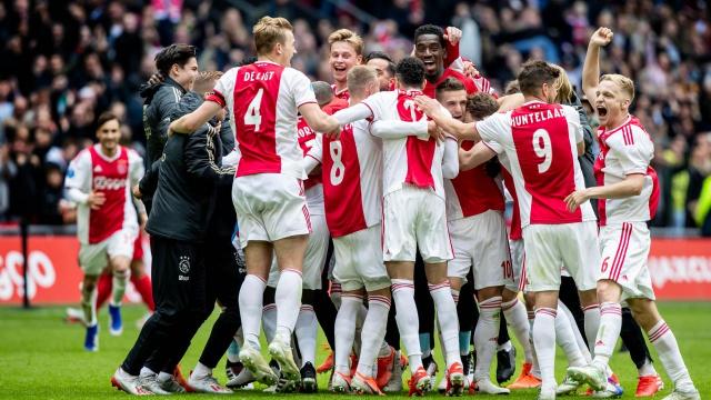 Ajax joie