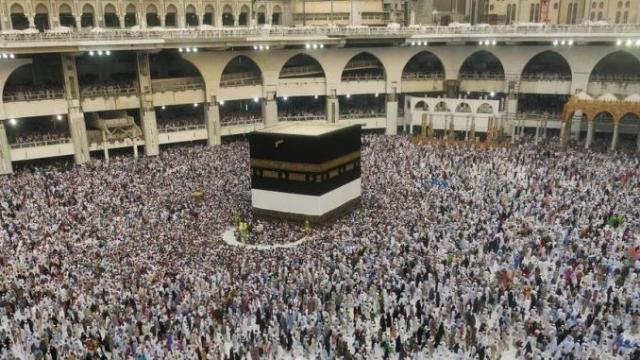 Cameroun: Paul Biya subventionne le Hajj pour éviter la polémique