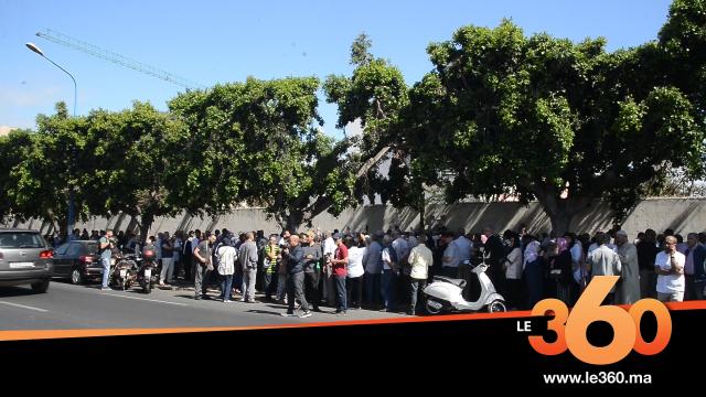 cover vidéo:Le360.ma •  روبرتاج :بالفيديو. إضراب طلبة الطب.. أولياء الأمور يحتجون بالدارالبيضاء