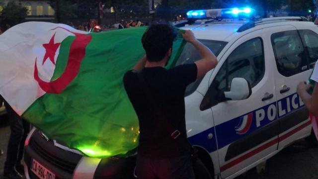 supporters Algériens Paris
