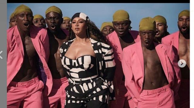 Vidéo et Photos. Mode: Beyoncé dans des créations de la Sénégalaise Sarah Diouf