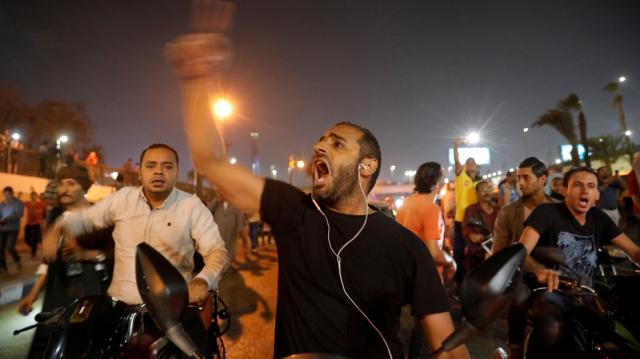 Manifestations contre al-sissi