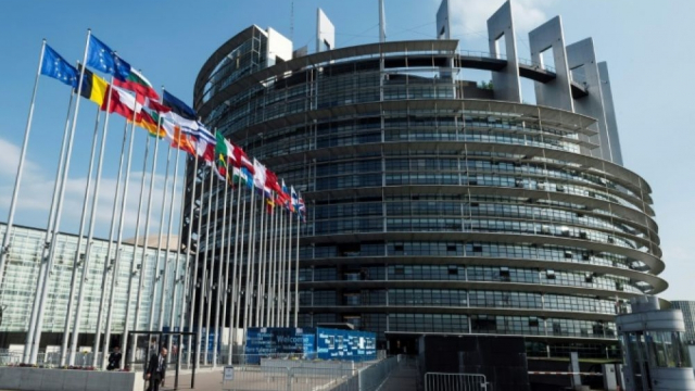 Algérie-Union européenne: le projet de résolution qui a irrité le régime de Gaïd Salah