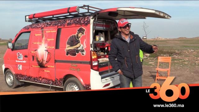 Cover_Vidéo: Le360.ma • شاب مغربي يحارب البطالة بمقهى متنقل في سيارته