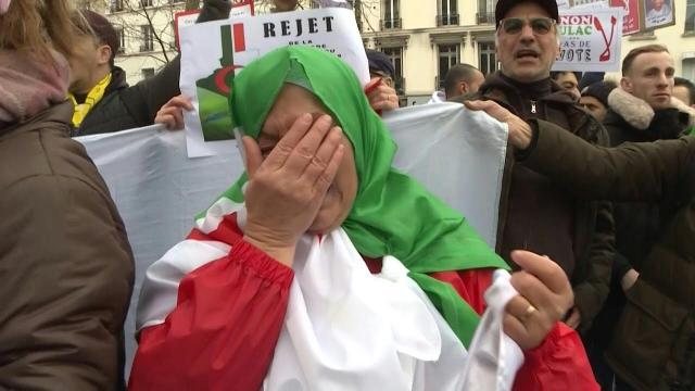Vidéo. Présidentielle algérienne: boycott massif et forte tension dans les villes françaises