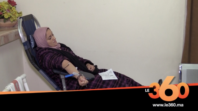 cover: مواطنون يتبرعون بالدم لمصابي انقلاب حافلة تازة